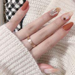 简约日式南瓜色圆形钻 南瓜色🎃 美甲图片