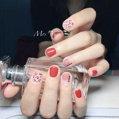 手绘红色粉色豹纹平法式短指甲美甲图片