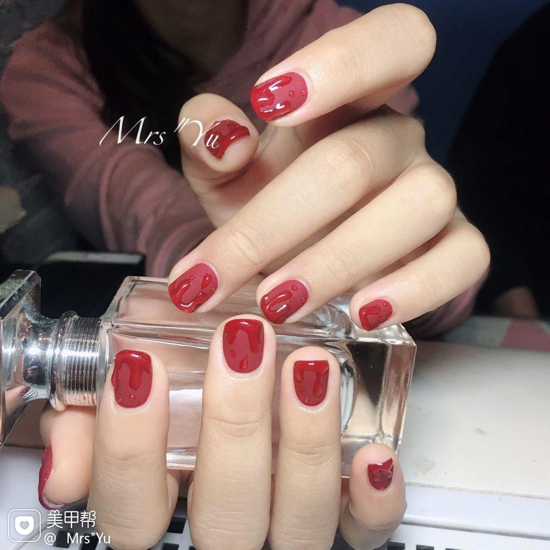 方圆形红色水滴磨砂短指甲美甲图片