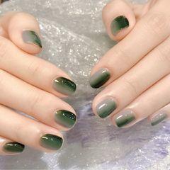 方圆形简约绿色灰色竖形渐变月度收藏量最高美甲图片