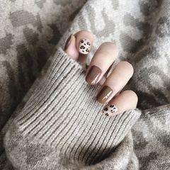 方圆形咖啡色白色手绘豹纹月度收藏量最高美甲图片