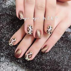 方圆形棕色白色手绘豹纹猫眼美甲图片