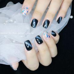 蓝色黑色灰色方圆形猫眼贝壳片金箔美甲图片