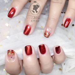 红色方圆形渐变猫眼钻金箔新娘美甲图片