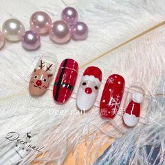 红色手绘雪花圣诞圆形美甲图片