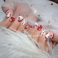红色手绘圣诞雪花白色麋鹿方圆形可爱美甲图片