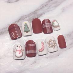 酒红色红色圆形磨砂日式绿色手绘圣诞格纹超級聖誕feel🎄 *你算哪塊小餅乾*的創作 大家都好喜歡🌚🌝🌚美甲图片