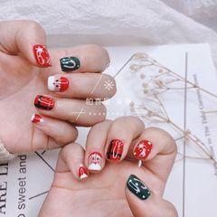 方圆形红色绿色白色手绘圣诞美甲图片