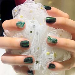 方圆形绿色猫眼贝壳片金箔美甲图片