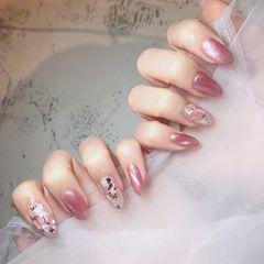 圆形金箔贝壳片猫眼日式粉色美甲图片