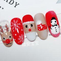 红色圆形白色裸色手绘圣诞圣诞甲美甲图片