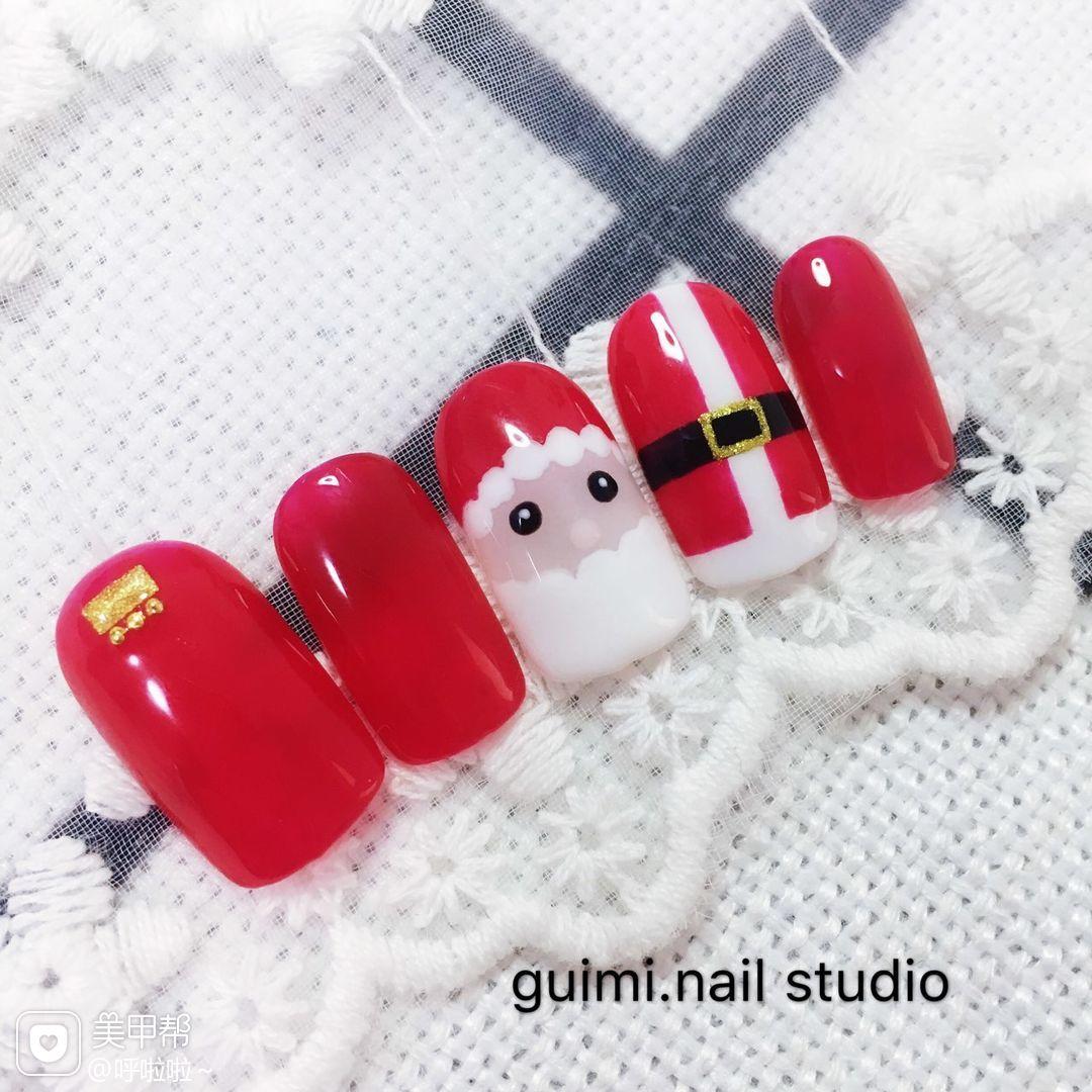 红色手绘圣诞圆形白色美甲图片