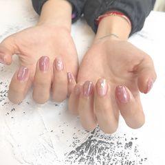 方圆形日式晕染粉色贝壳片简约上班族美甲图片