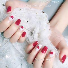 方圆形红色白色心形美甲图片