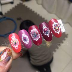 红色酒红色焦糖色圆形手绘磨砂新娘日式美甲图片