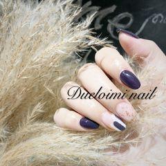 圆形简约日式金箔紫色美甲图片