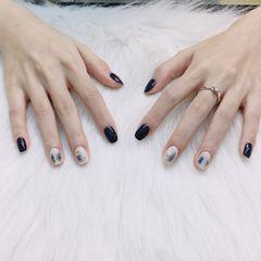 方圆形韩式蓝色白色美甲图片