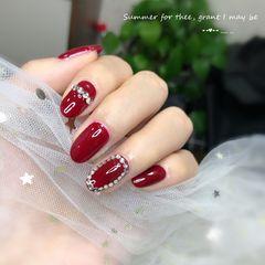 红色酒红色圆形新娘钻日式美甲图片