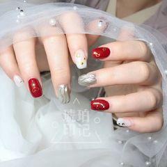 红色方圆形日式银色水波纹美甲图片