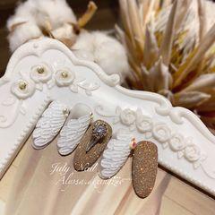 焦糖色尖形新娘#天使翅膀婚甲👼🏼 美甲图片