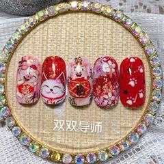 红色方圆形手绘金箔简约日式招财猫新年小猪美甲图片
