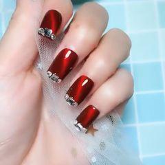 红色钻新娘猫眼简约方圆形新年显白美甲图片
