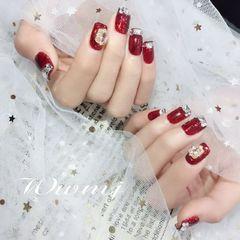 酒红色焦糖色红色简约法式钻新娘美甲图片