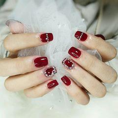 酒红色方圆形简约钻新娘日式新年显白爆款美甲图片