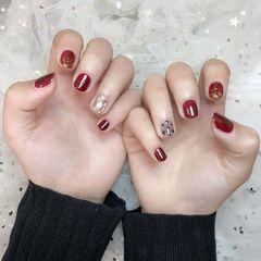 红色黑色日式金箔手绘波点短指甲新年美甲图片