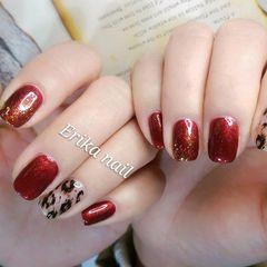 方圆形红色棕色手绘豹纹新年美甲图片