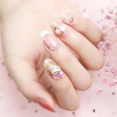 圆形法式钻珍珠白色美甲图片