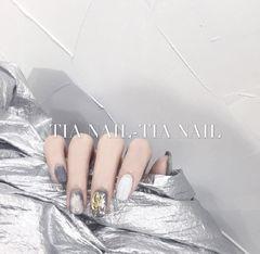 方圆形白色灰色金属饰品金箔美甲图片