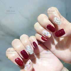 圆形红色银色水波纹贝壳片新年美甲图片