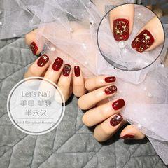 酒红色方形金箔美甲图片