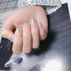 方圆形渐变新娘上班族银色闪粉美甲图片