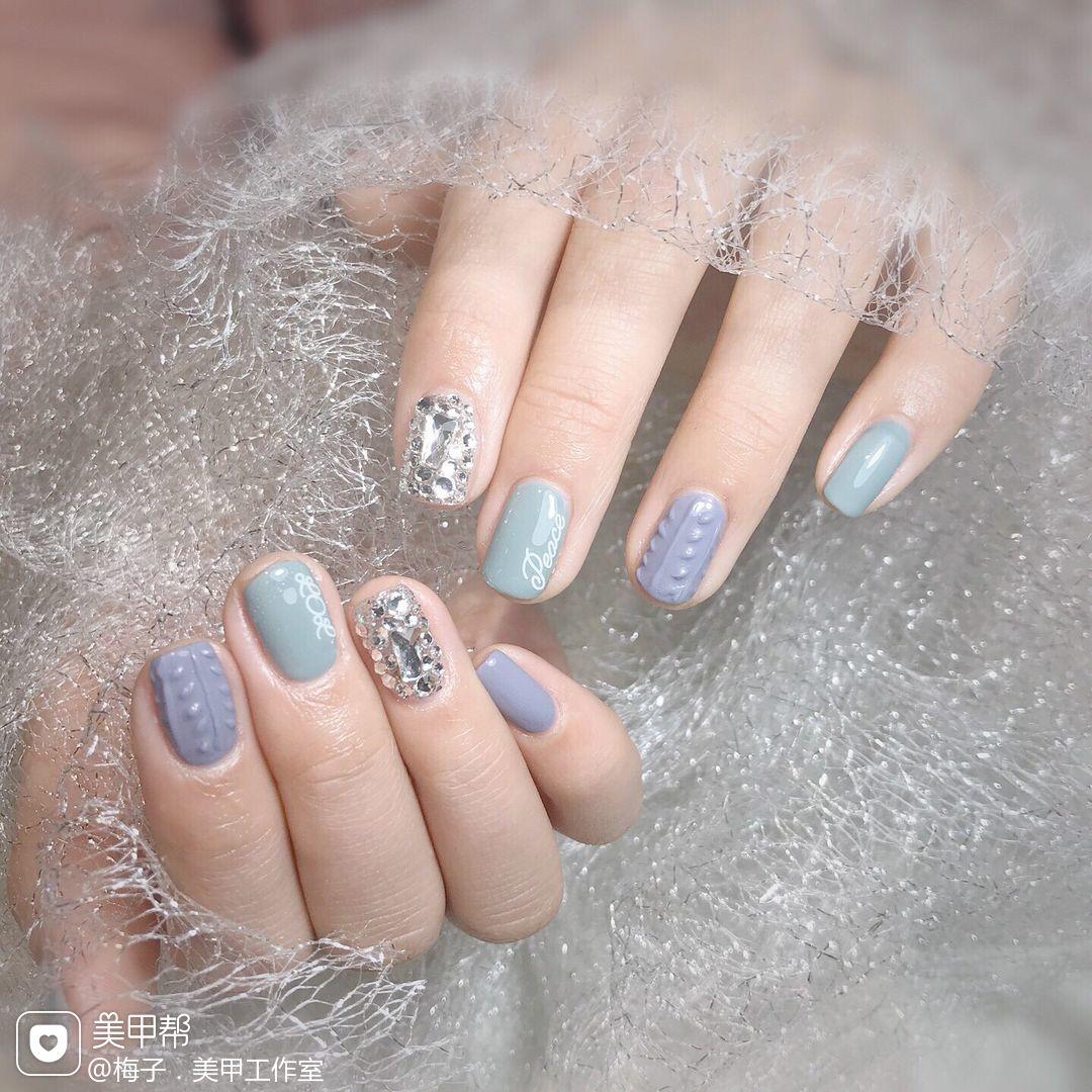 灰色蓝色方圆形钻贴纸美甲图片