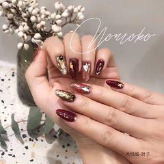尖形日式手绘红色金箔新娘美甲图片