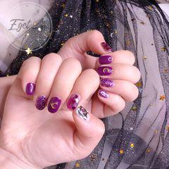 方圆形手绘紫色美少女卡通可爱美甲图片