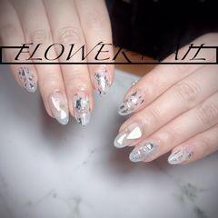 圆形钻日式贝壳片银色美甲图片