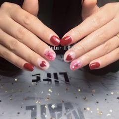 方圆形日式红色手绘心形贝壳片新娘美甲图片
