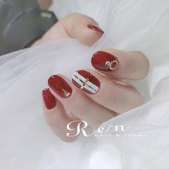 圆形红色金银线新娘美甲图片