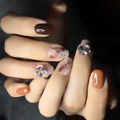 方圆形日式手绘橙色棕美甲图片