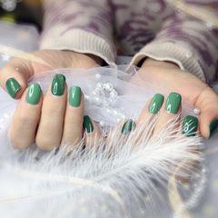 绿色方形纯色春天美甲图片