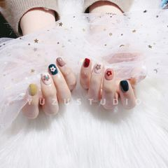 方圆形可爱炫雅同款小花花#Yuzu柚子ザボン日式美甲美睫#美甲图片