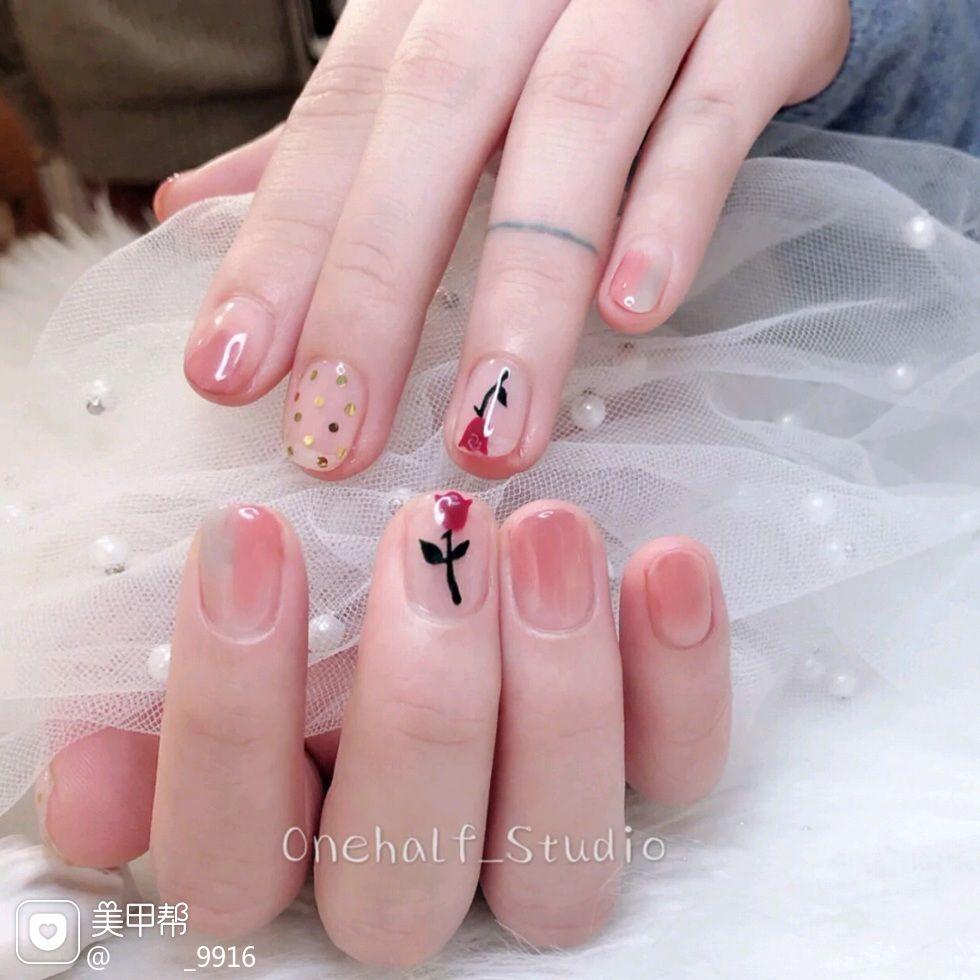 晕染方圆形粉色红色花朵春天简约贴纸哦美甲图片