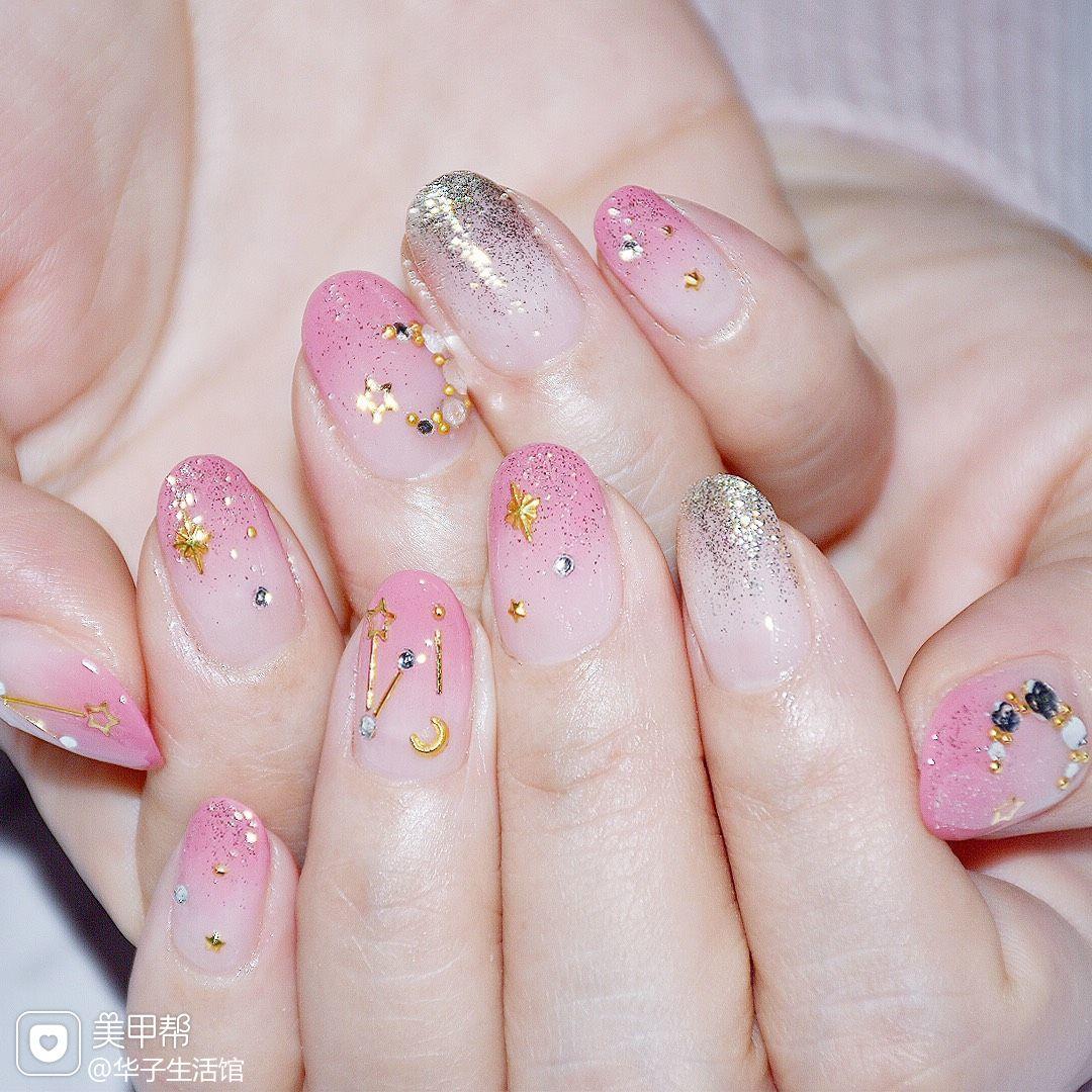 圆形钻渐变星月粉色日式春天美甲图片