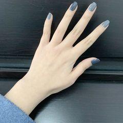 蓝色灰色方圆形简约跳色纯色美甲也不错,自己就能搞定美甲图片