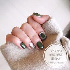 绿色方圆形简约可爱水波纹珍珠美甲图片