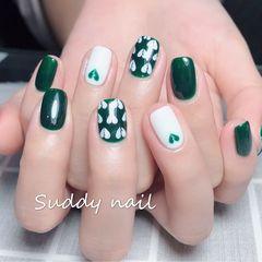绿色方圆形手绘春天白色心形💔美甲图片