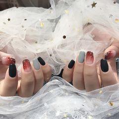 黑色灰色方形晕染金箔新娘日式跳色美甲图片